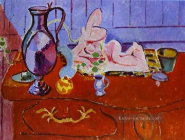 Henri Matisse Werke - Pink Statuette and Pitcher on a Red Chest of Drawers Modernismus Henri Matisse